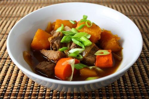 Мясо и картошка сувид Скияки с бульоном даси